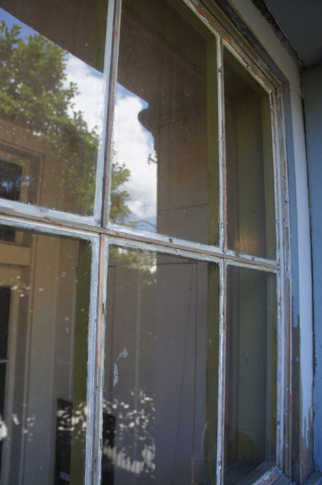 Glazing Putty Removed Close Up
