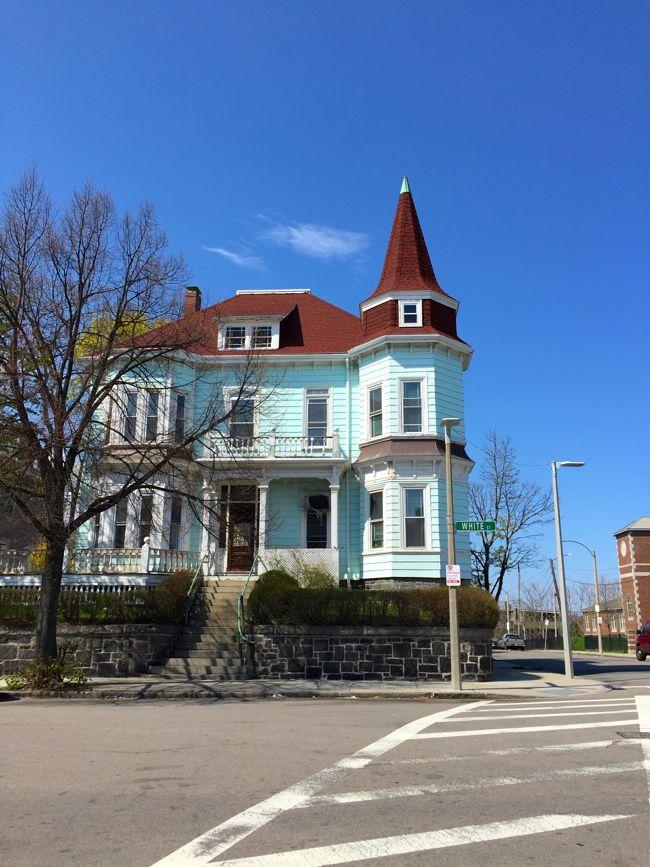 White Street Mansion