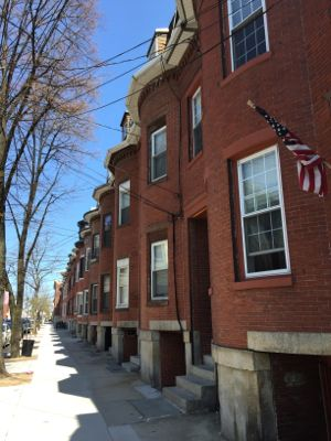 saratoga street row houses 1